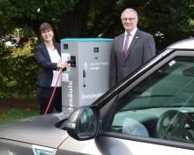 Laden auf die leichte Tour: Marsberg und Westfalen Weser bringen E-Mobilität weiter in Schwung
