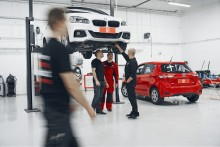 Skadeverkstadskedjan Werksta väljer affärssystem från Visma