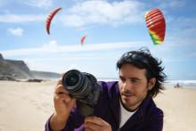 """La nuova frontiera della fotografia: Sony introduce le prime fotocamere digitali con tecnologia """"Translucent Mirror"""""""