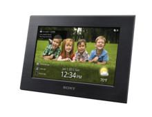 Das perfekte Geschenk: Zwei neue digitale Bilderrahmen von Sony mit WLAN