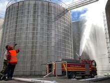 Stor brandsläckningsövning i Gävle hamn idag