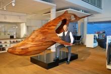 """Pressemitteilung: Ausstellungsobjekt """"Blue Whale"""" ab sofort im Welcome Center Kieler Förde"""