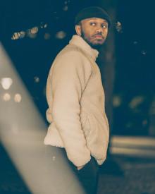 """R&B-talangen Simeon släpper julsingeln """"Nästa Jul"""""""