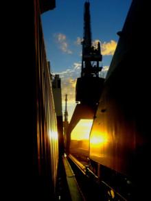 Mälarhamnar investerar stort i tre nya kranar