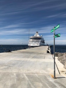 Cruise ships are to be temporarily moored in Visby