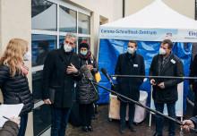 dm eröffnet erstes Corona Schnelltest-Zentrum in Tübingen