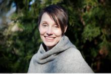 "Ingeborg Arvola tildelt Kulturdepartementets Litteraturpris for 2019 med ""Buffy By er talentfull"", der hun gir det fattige barnet en stemme"