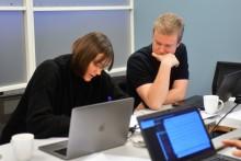 Studenter lager app som forklarer strømregningen din