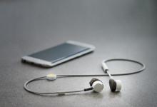 Telenor första återförsäljaren av PUGZ trådlösa hörlurar