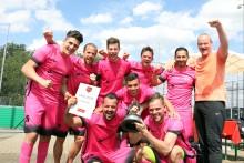 11. Santander Fußball Cup: Das Runde muss ins Eckige