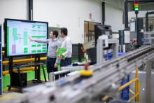 Schneider Electricin älytehdas sai jälleen maailman talousfoorumin myöntämän tunnustuksen