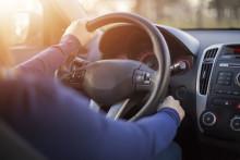 Ulike typer støy ved kaldstart av bilen og årsakene.