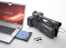 Discover highest ever HDV picture quality: HANDYCAM® FX1000 debuts premium Sony G Lens™