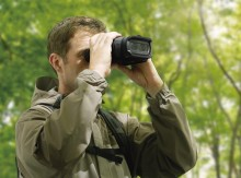 SONY INTRODUCES WORLD'S FIRST1 DIGITAL BINOCULARS WITH HD VIDEO RECORDING, ZOOM, AUTOFOCUS AND STEADYSHOT
