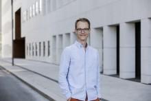 Ny roman om kjærleik i tinder-appens tid