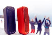 Sony släpper snygg film med LED-klädda snowboardåkare
