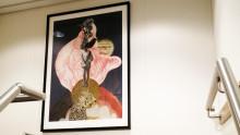 Kreative collager giver farve til 'Esvagt Albert Betz'