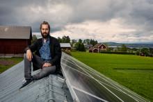 Pär lagrar solenergi hela vintern – i vattnet
