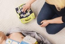 Lähimmän sydäniskurin voi nyt paikantaa uudistuneessa 112 Suomi -sovelluksessa