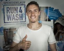 Borussia Mönchengladbach - FC Augsburg: Max Kruse lässt sich tracken für sauberes Trinkwasser