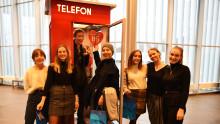Gir nytt liv til telefonkioskene