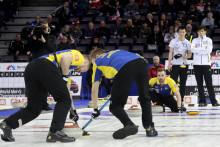 Curling-VM: Tredje raka segern för lag Edin efter 8-5 mot Japan