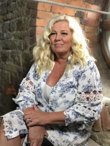 Mia Parnevik och flera i annorlunda Nationaldagsfirande i Örebro