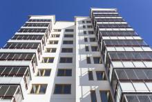 Överlåta bostadsrätt – Vad ska ingå i överlåtelsehandlingen?