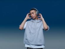 Dai colore alla tua vita con l'audio intenso delle nuove cuffie Sony h.ear e il nuovo Walkman® compatibile con lo streaming
