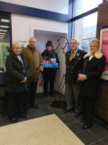 GTR remembers railway workers' First World War service at Potters Bar station