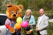 Autohaus Dinnebier zeigt Herz für Bärenherz