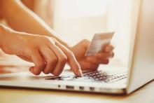 Nytt lagkrav inom e-handel reglerar ordningen av betalsätten i kassan