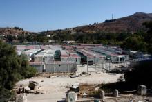 Ett år med flyktingavtalet EU-Turkiet: Barn lever i fängelseliknande läger