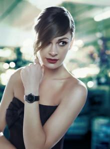 Jennys lille sorte - Klokke designet i samarbeid med Jenny Skavlan for Mango Time