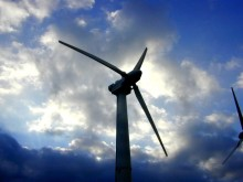 New clever method finds the best location for solar and wind farms