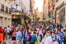 Los jóvenes, especialmente los poco cualificados, son los más afectados por las desigualdades sociales en España
