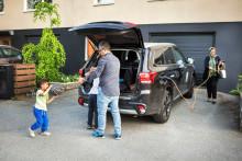 Varannan kan inte ladda elbilen hemma