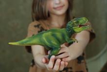 Barn kan bli hjältar i Erikshjälpens butiker
