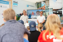 Pressemeldung: Grundschüler*innen treffen den berühmten Polarforscher Arved Fuchs im Camp 24/7