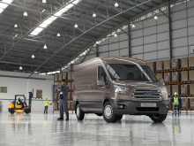 Ford presenterar de nya globala transportbilmodellerna Transit och Transit Connect på Go Further-evenemang