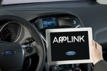 Förbättrad mobiltelefonintegration toppar teknikanvändarnas framtidsvisioner vad gäller bilkommunikation; Ford välkomnar europeiska AppLink-partners