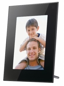 Beautiful, easy-to-use digital photo frames by Sony