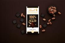 Är du 100 % redo för en unik och intensiv kakaoupplevelse? Upptäck nya Lindt Excellence 100 % kakao.