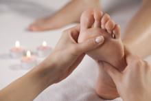 Von Fuß bis Kopf: Fußreflexzonenmassage