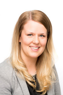 Töissä Säästöpankissa: Lilli, konttorinjohtaja