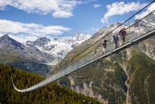 Naturtöne und Atemwanderungen – das Wallis zeigt sich vielseitig
