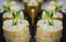 Korshags recepttips: Petit choux rulle med ägg & kallrökt lax