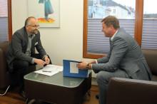 Brandenburgs Finanzminister Christian Görke zu Besuch bei Landrat Kurth