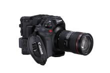 Canon förstärker sina Cinema-kameror med EOS C300 Mark III, nästa generations kamera med innovativ DGO-sensor –– och lanserar dessutom hybridobjektivet CINE-SERVO för broadcast och filmproduktion