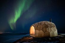 Erstaunliche Architektur: Wanderhütte am Polarkreis mit Kebony Fassade